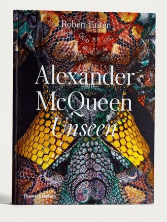 https://www.bookdepository.com/Alexander-McQueen-Robert-Fairer/9780500519042?ref=grid-view&qid=1515881260590&sr=1-4