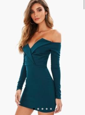 https://www.missguided.eu/blue-bardot-wrap-dress-10065925