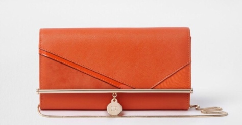https://www.riverisland.ie/p/orange-cutabout-chain-clutch-bag-716103