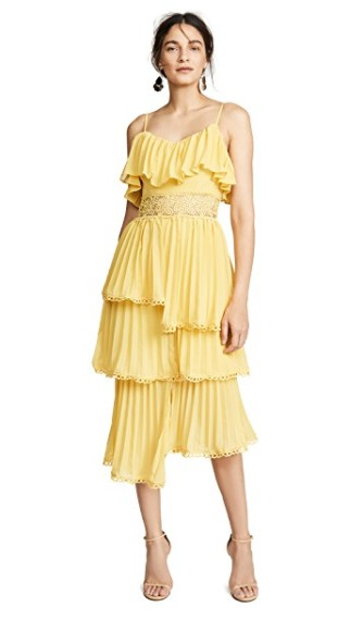 https://www.shopbop.com/tiered-dress-glamorous/vp/v=1/1575045517.htm?fm=search-viewall-shopbysize&os=false