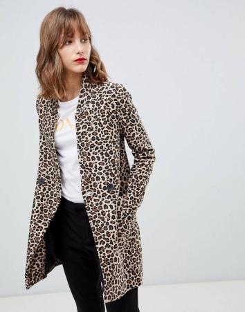 https://www.asos.com/stradivarius/stradivarius-leopard-print-coat/prd/10731000?clr=multi&SearchQuery=leopard%20print&gridcolumn=4&gridrow=7&gridsize=4&pge=1&pgesize=72&totalstyles=679