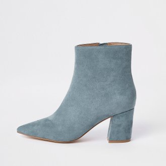 https://www.riverisland.ie/p/light-blue-pointed-block-heel-boots-721414