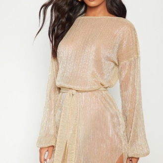 https://ie.prettylittlething.com/gold-plisse-balloon-sleeve-sheer-shift-dress.html