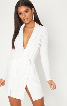 https://ie.prettylittlething.com/white-checked-long-sleeve-blazer-dress.html