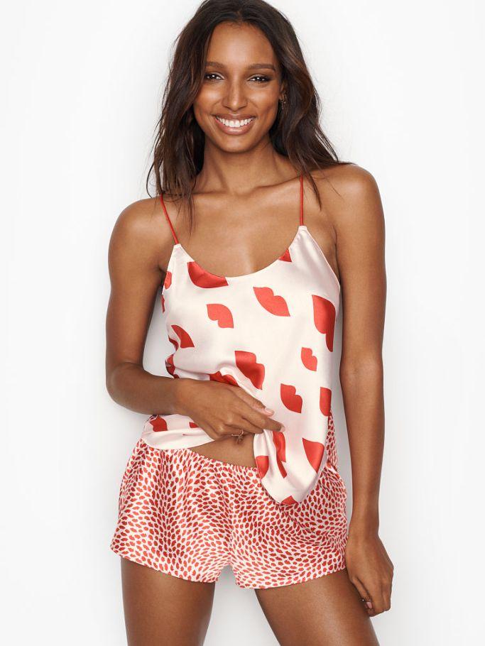 https://ww.victoriassecret.com/sleepwear/pajamas/essential-satin-cami-short-set-very-sexy?ProductID=420508&CatalogueType=OLS