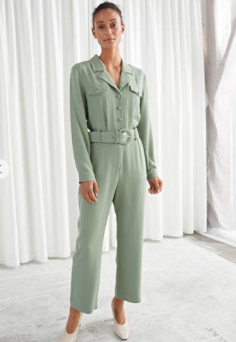 https://www.stories.com/en_eur/clothing/jumpsuits-playsuits/product.belted-long-sleeve-jumpsuit-green.0832144001.html
